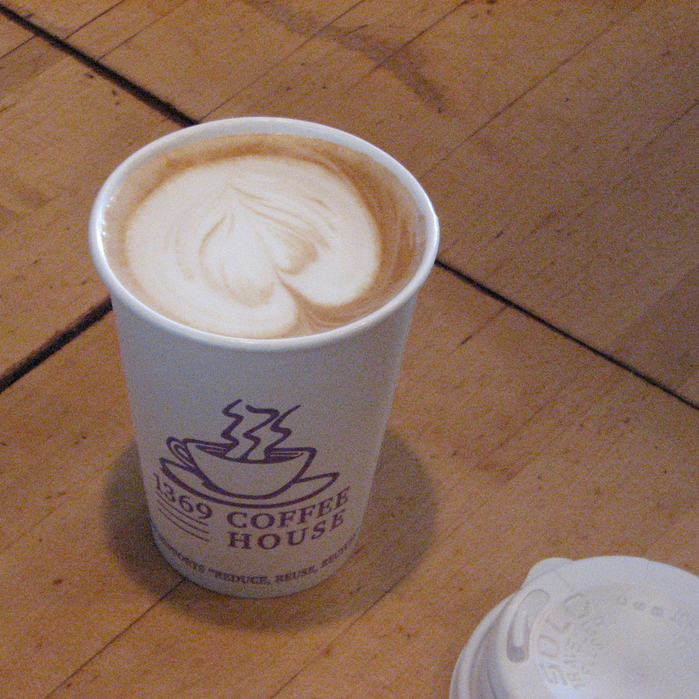 latte at 1369 the coffee house, central square, cambridge massachusetts