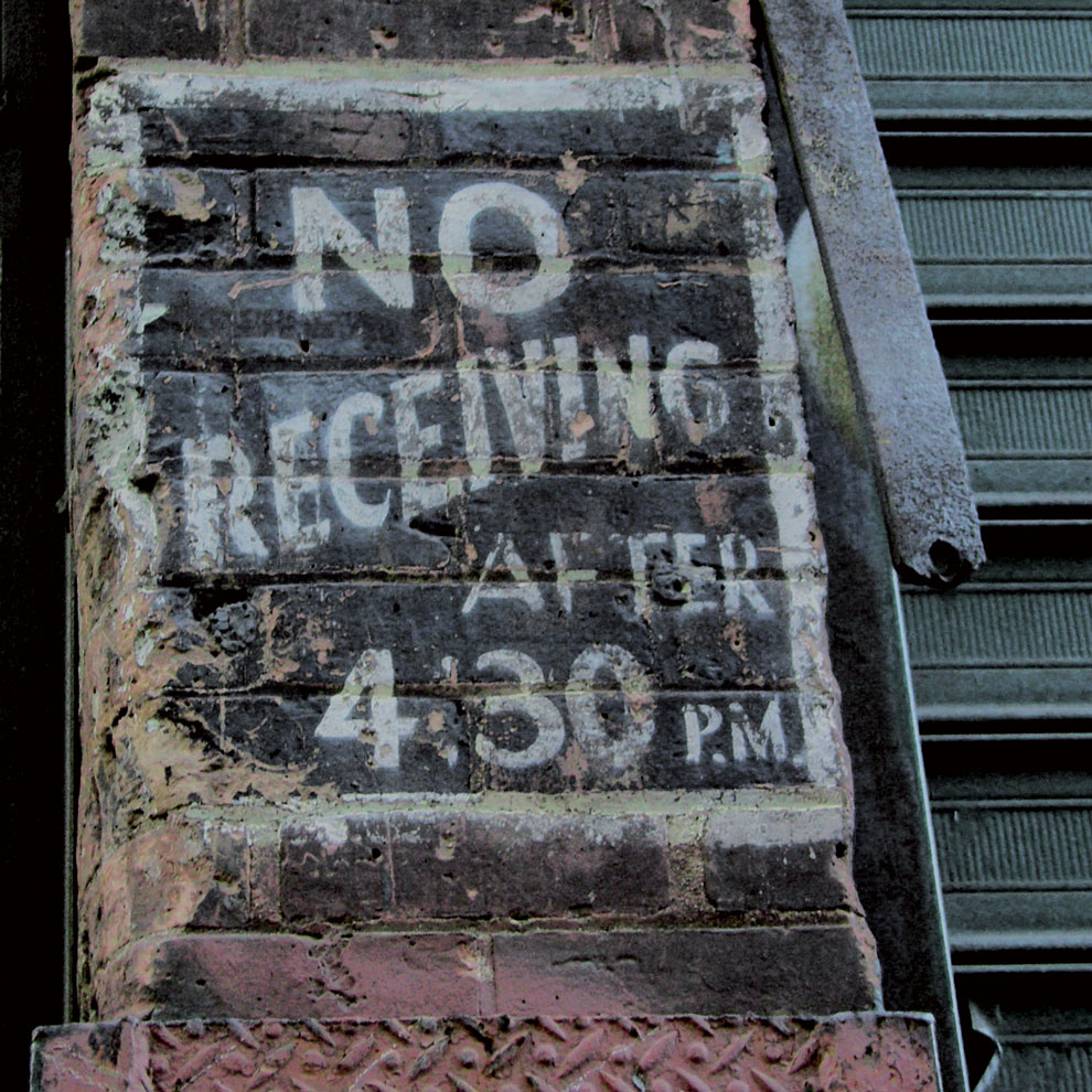 new york no receiving warning, photographed by louise häggberg